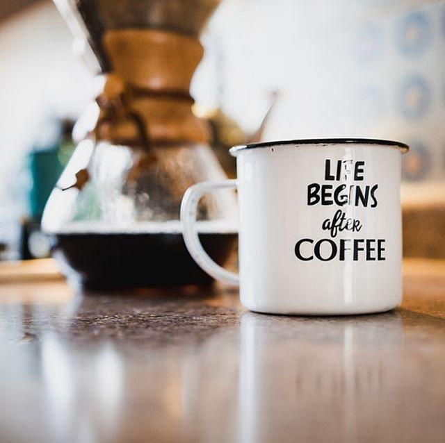 Life begins after coffee...fact. . . . . . . #javasquare #opelousas #monday #mugshot #mondaymuggings