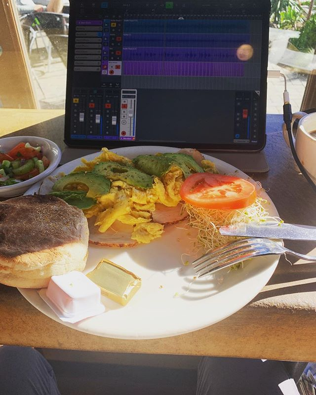 Laying down drum tracks with breakfast..is that how they do it here in San Diego? #cubasis2 #beatmaking #ipadproducer #originalmusic #ipadmusicproduction