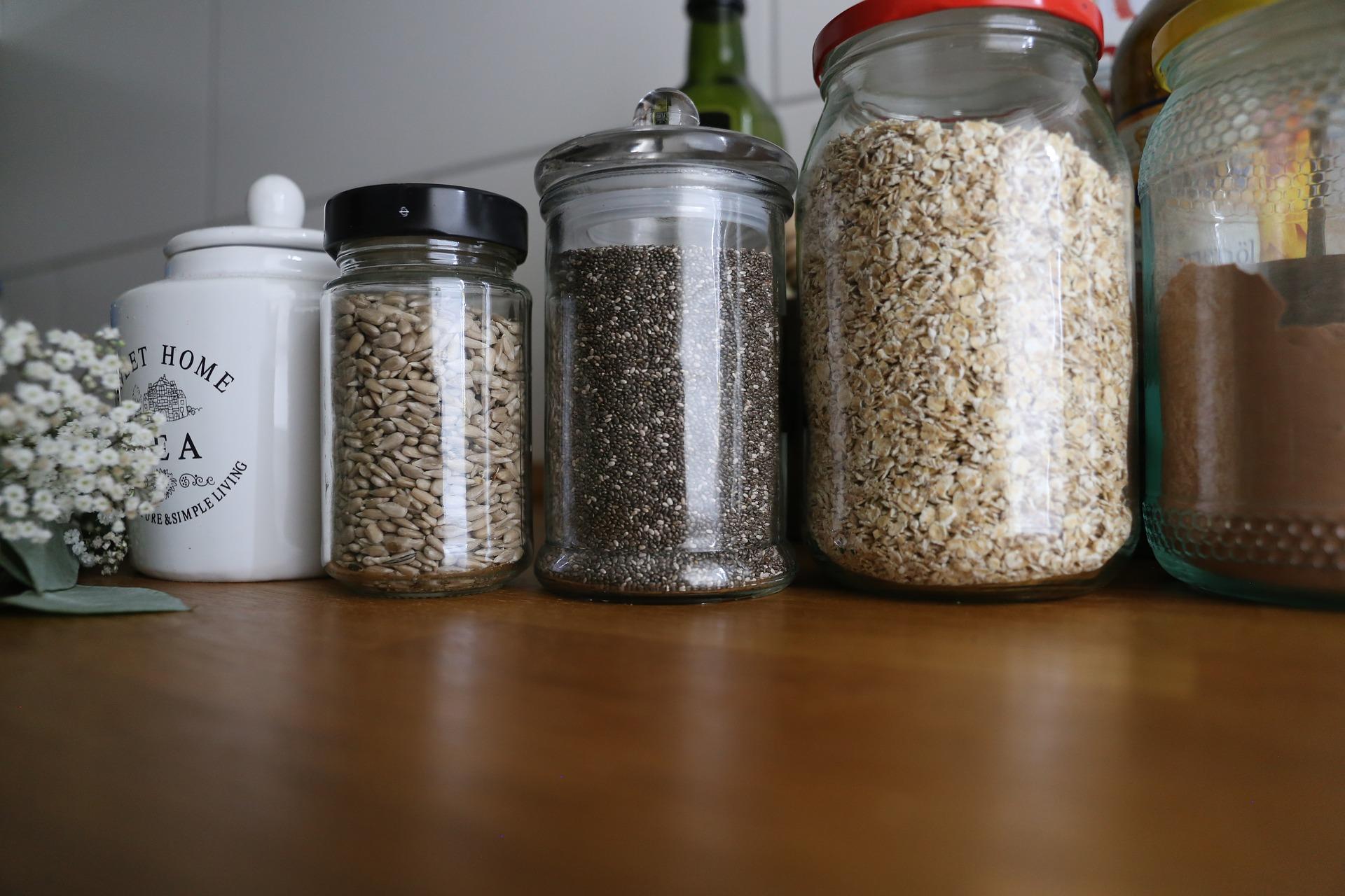 seeds-2908636_1920.jpg
