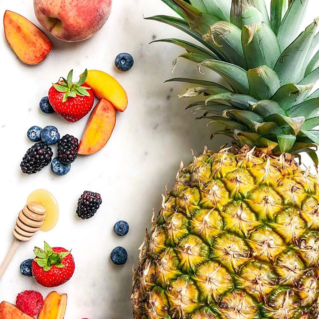 Summer is officially here! ☀️ Time for sunshine, margaritas, and A M A Z I N G produce.  What's your summer go-to?? I'm all about that 🍍lifestyle.