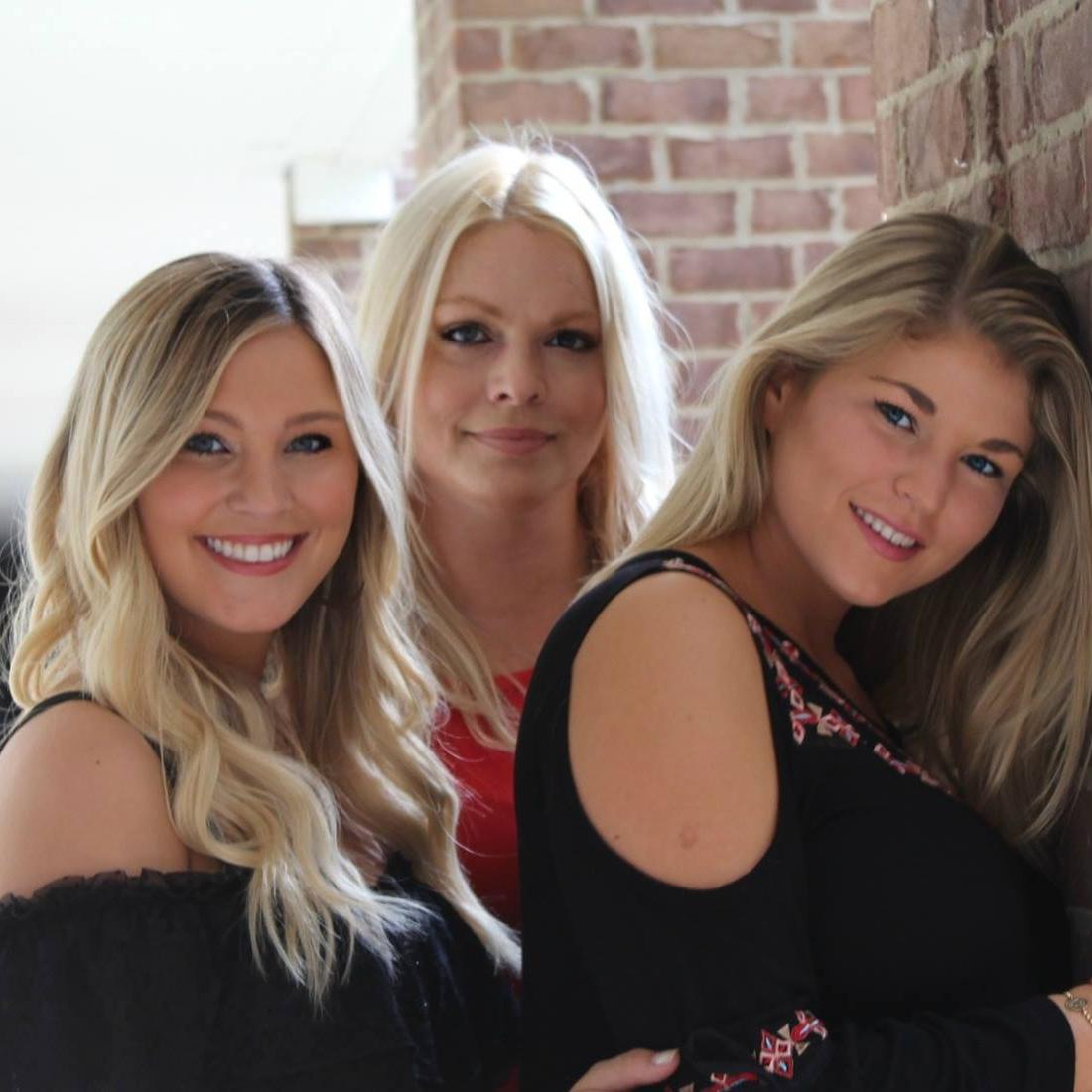 THE HIGHWAY WOMEN -