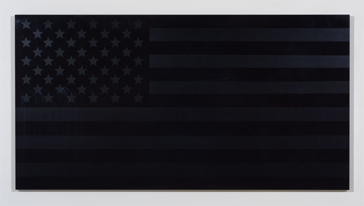 Rubén Ortiz Torres  Flag Spect re, 2015 urethane and chromaluscent paint on aluminum 51 1/2 x 96 x 2 in (130.8 x 243.8 x 5.1 cm)