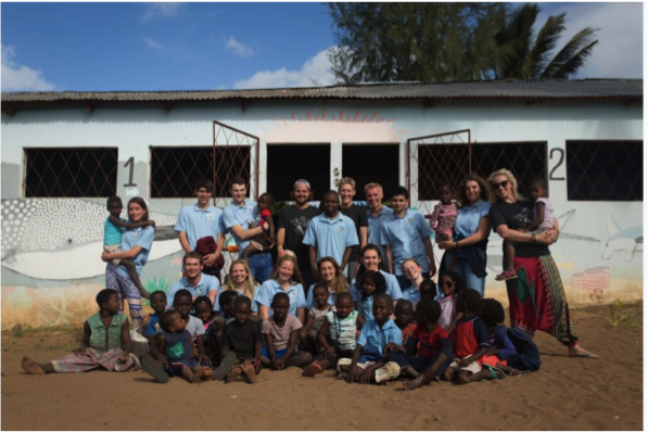 Working with the local schools. Photo: Danielle Da Silva - Photographers Without Borders
