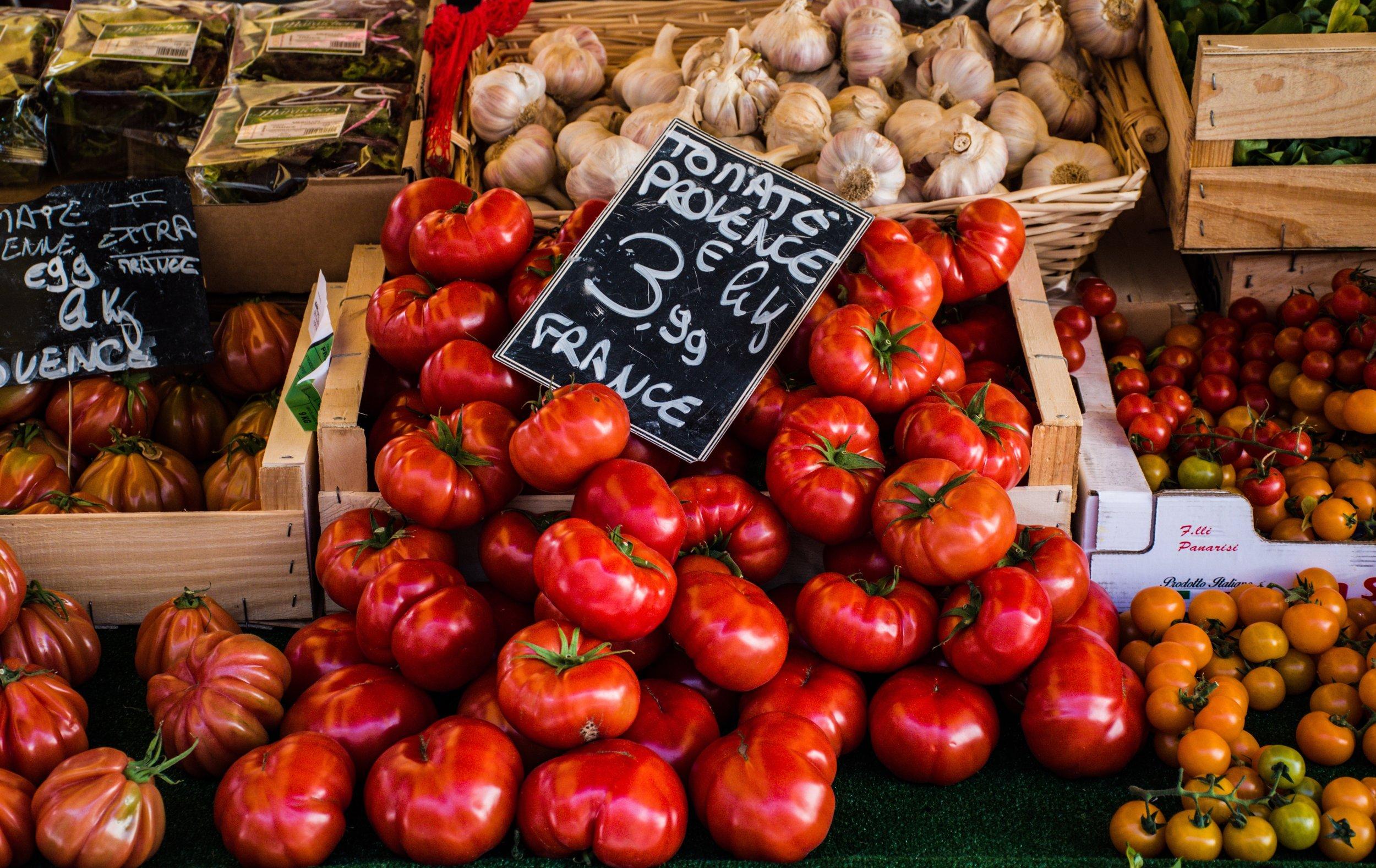 tomatoes-4050245.jpg
