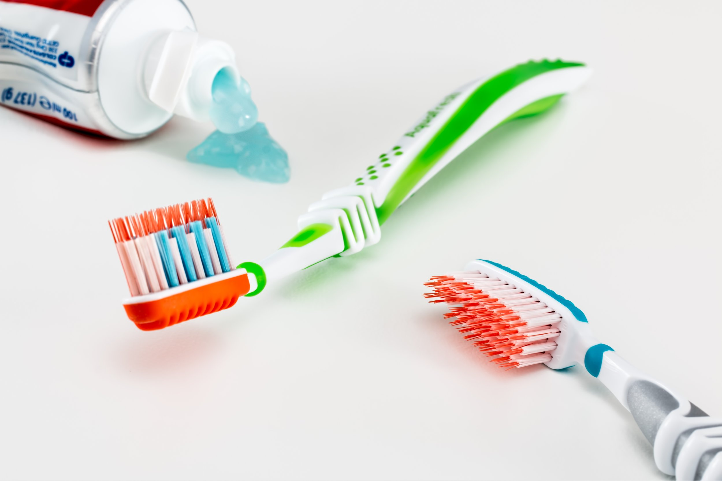 Plastic toothbrushes, and toothpaste containing micro plastics, packaged in PLASTIC. Photo: Pixabay