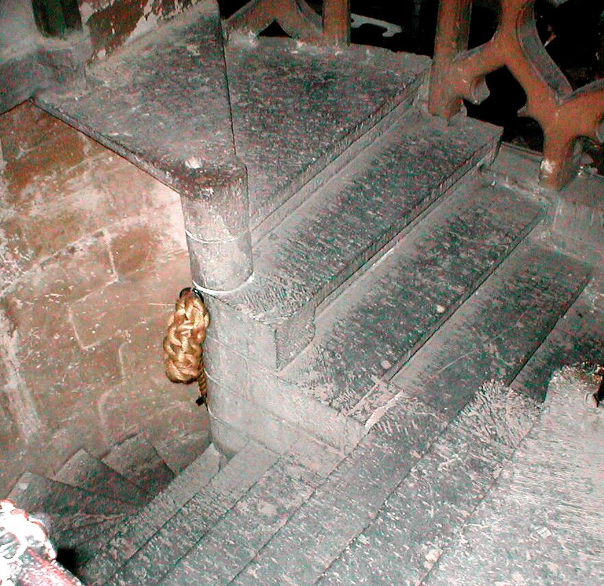 Double escalier 64.JPG