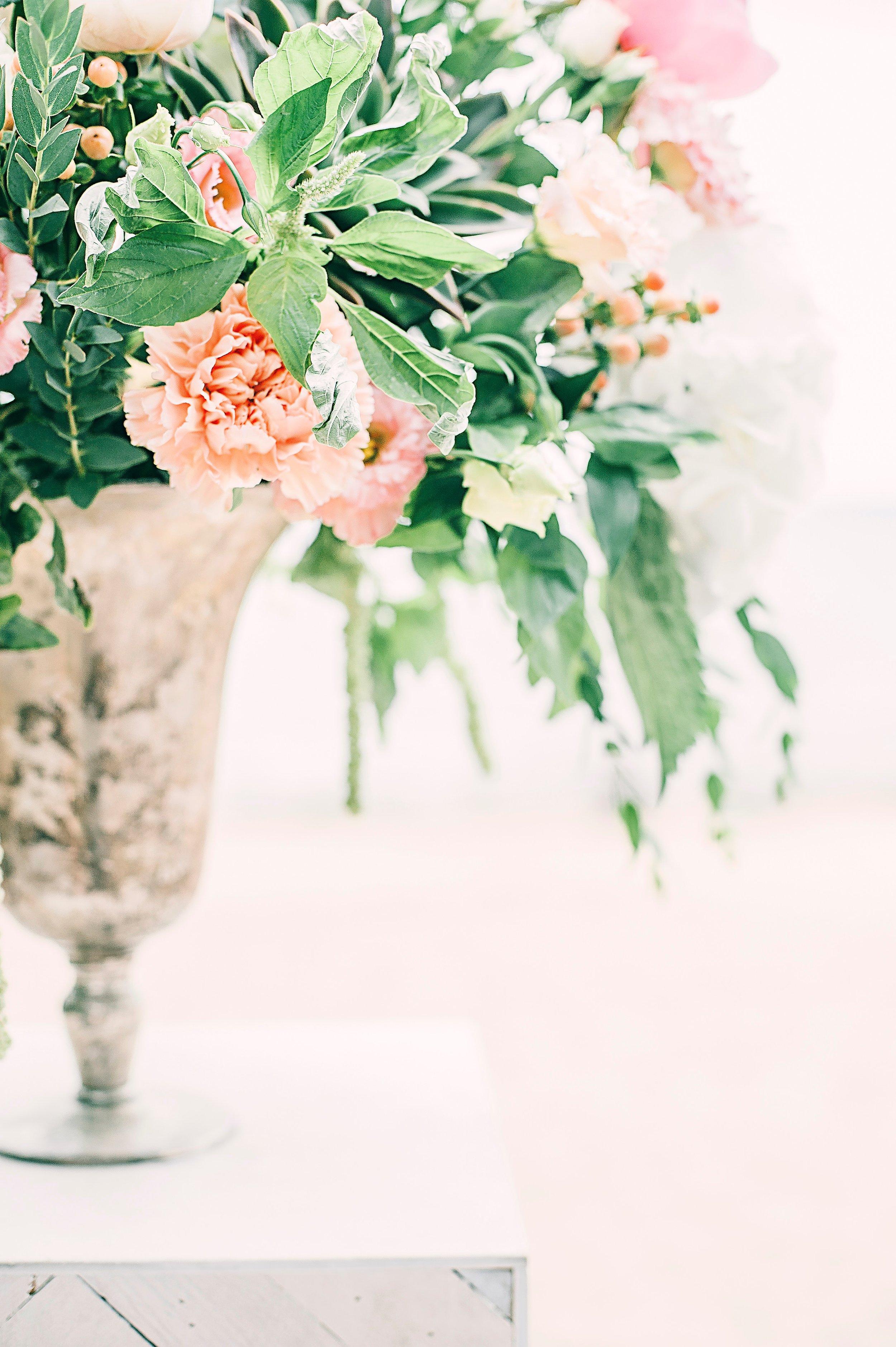 beautiful-bouquet-bright-1070863.jpg