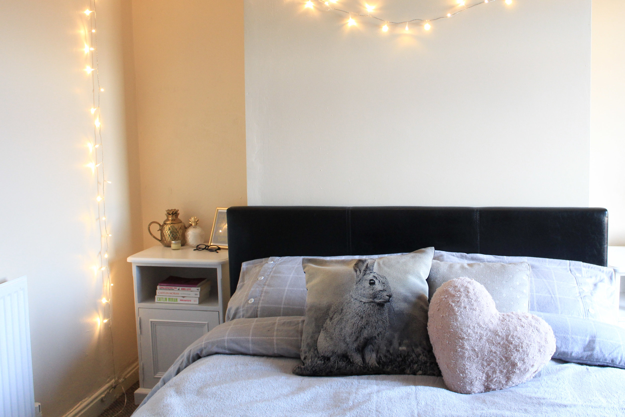 Cosy Bedroom Grey and Blush