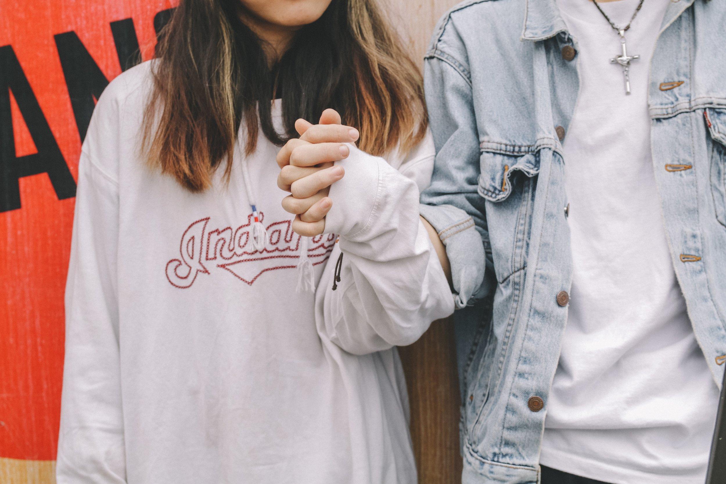 casual-couple-cute-773124.jpg