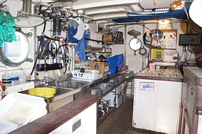 Marine Laboratory in the  SSV Corwith Cramer . Photo credit:  Jared Moelaart