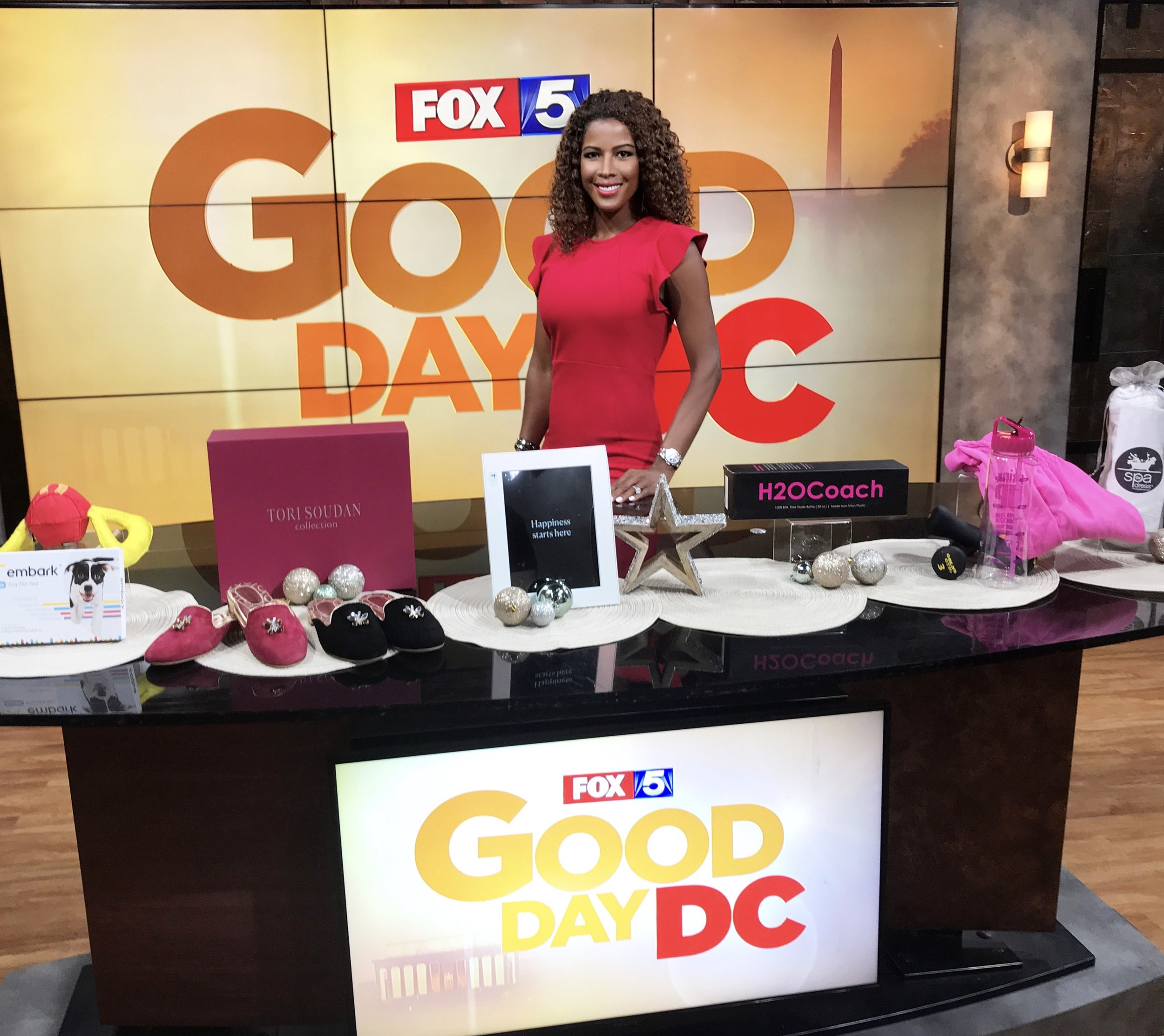 FOX DC Gifts for Moms.jpg