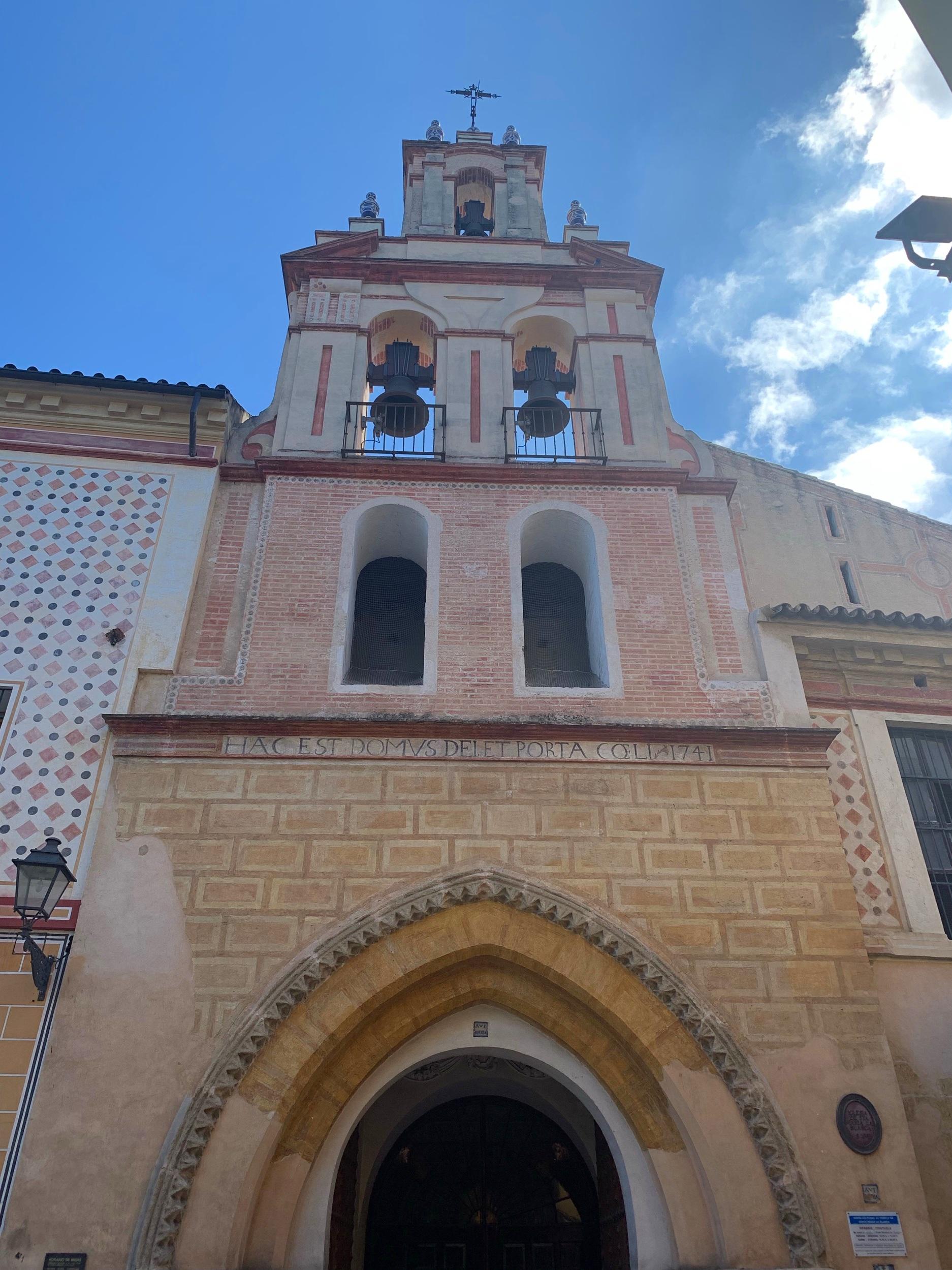 Santa Maria de Blanca Exterior