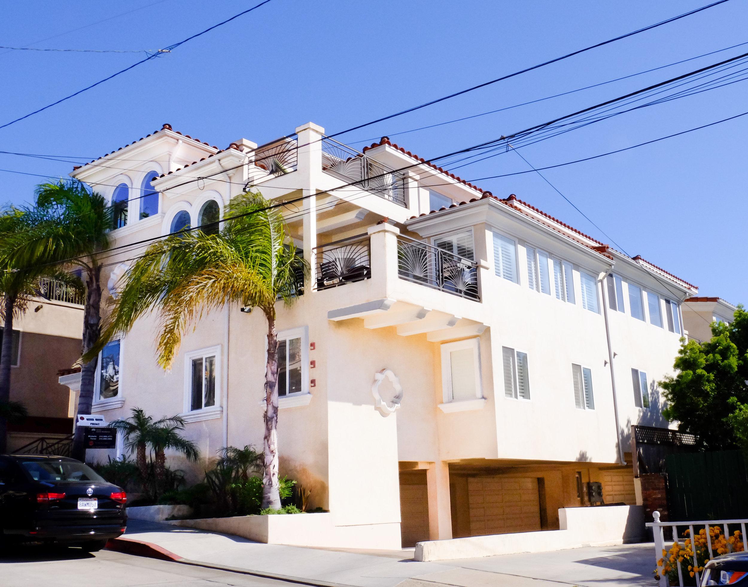 634 9th St Hermosa Beach