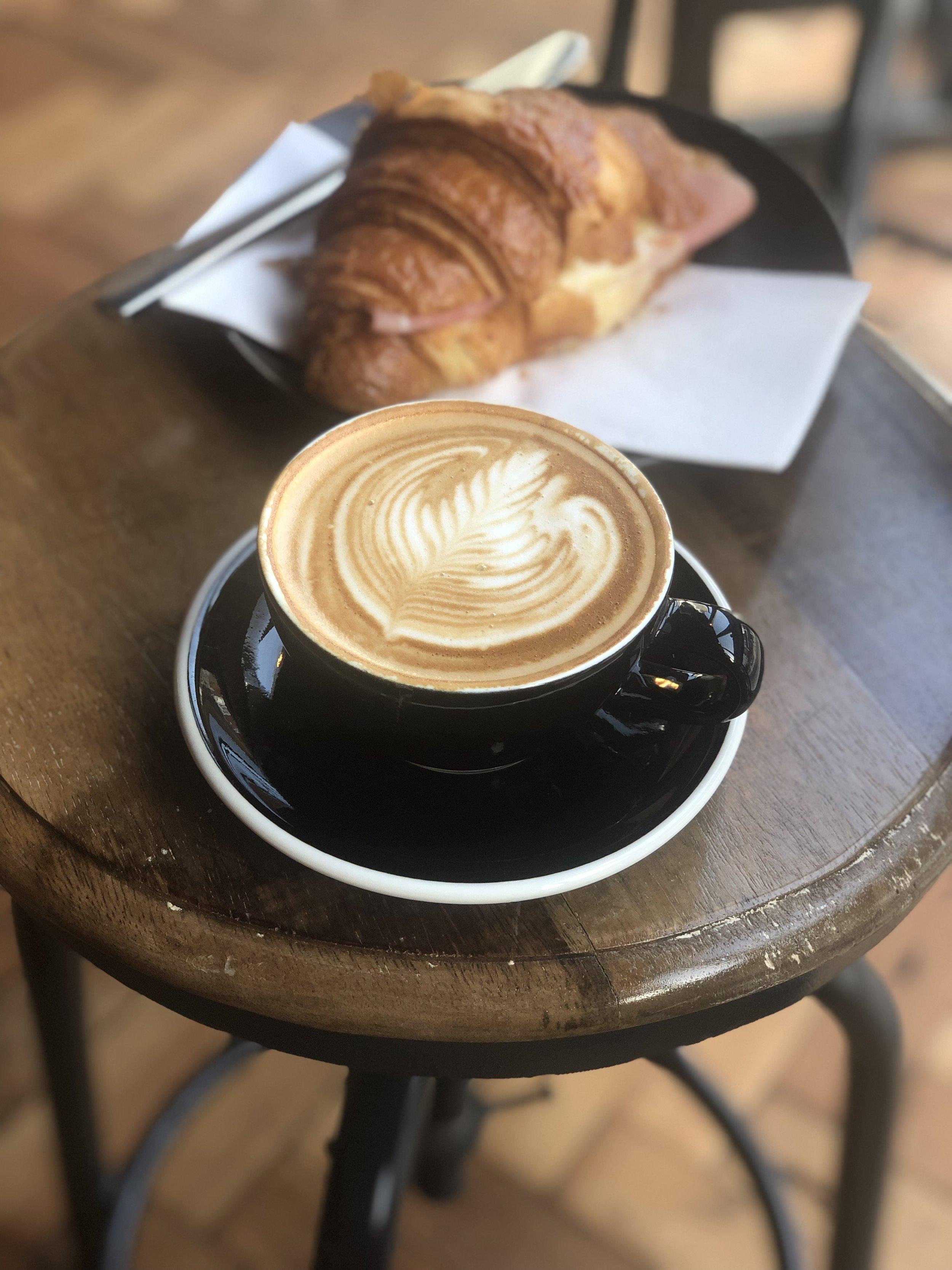 ALLPRESS COFFEE + ESTATE DAIRY MILK + VERY GOOD BARISTA = GREAT COFFEE + HAPPY TIMES