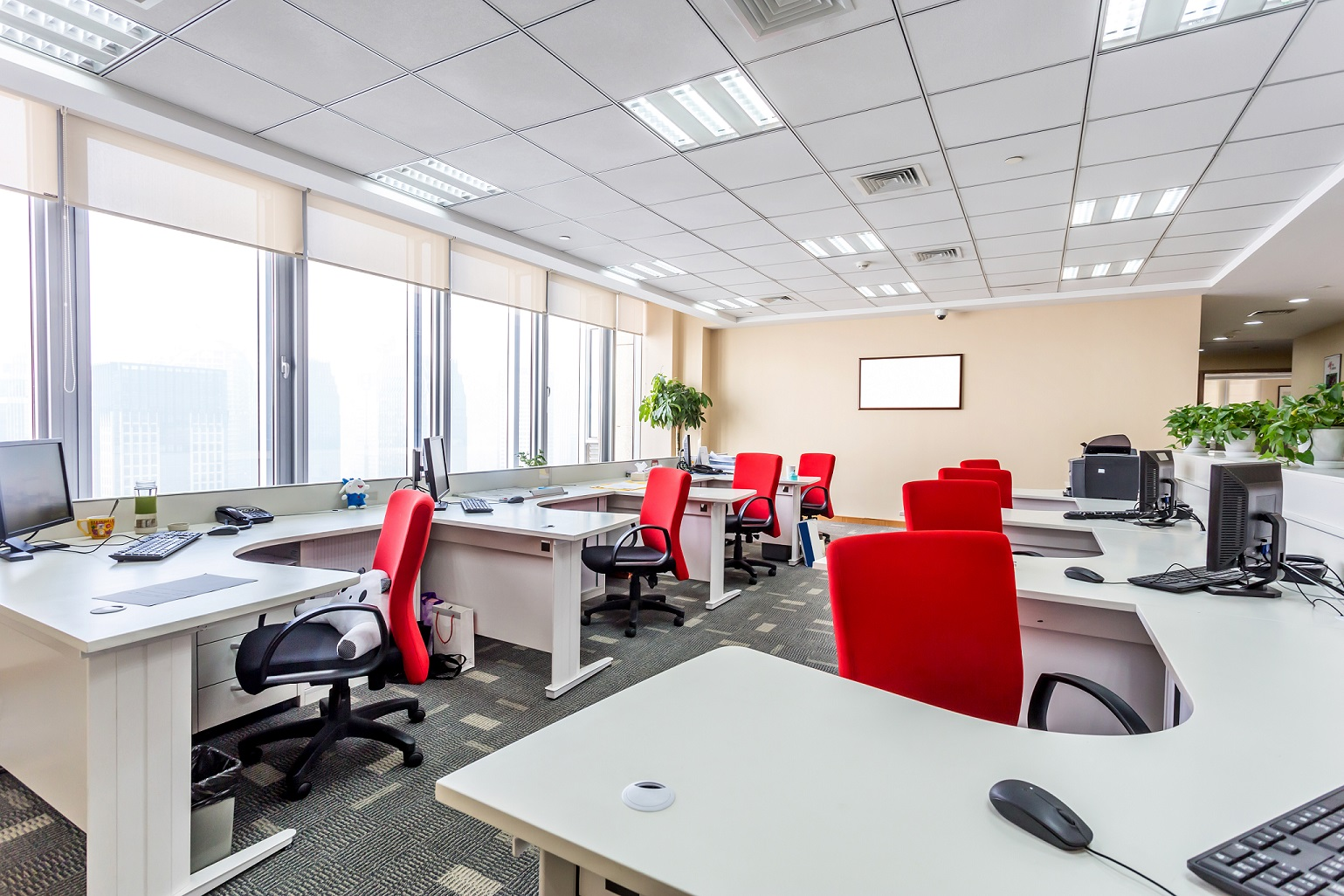 Our Business - SCI Janitorial has been diligently providing superior commercial cleaning services to Nashville and Middle Tennessee for nearly the past two decades. It is a proudly American owned and operated company.