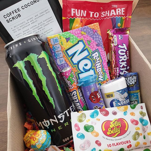 A gift box to brighten another babes day 🍬🍭