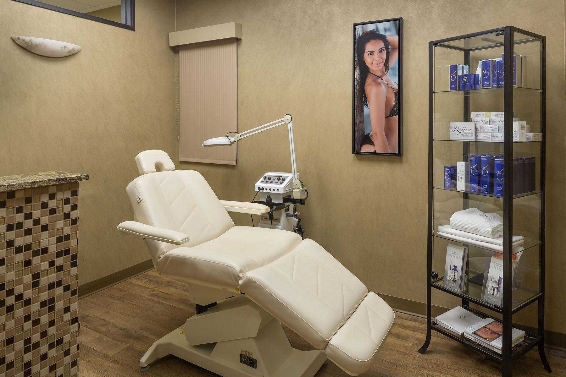 Divino-Medical-Clinic-4.jpg