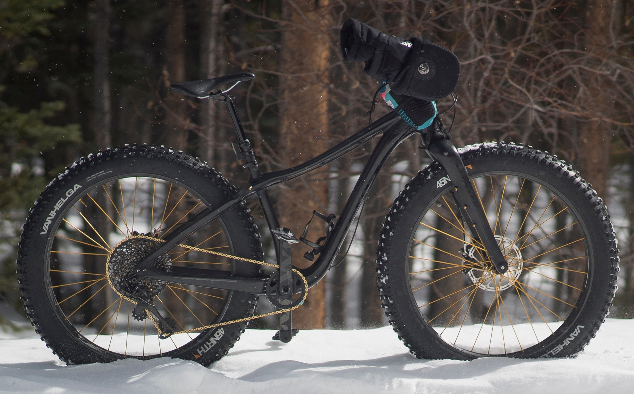 2018 FatBack Corvus FLT - The Corvus FLT is a snow expedition bike, built to handle the gnarliest of conditions in the backcountry of Alaska. While I will likely never put her to the test in the conditions she was made for, the Corvus remains the most nimble, easy-to-handle fatbike I've ever ridden. I've decked this bike out to be race-shreddy machine. I call her 'Stardust.'