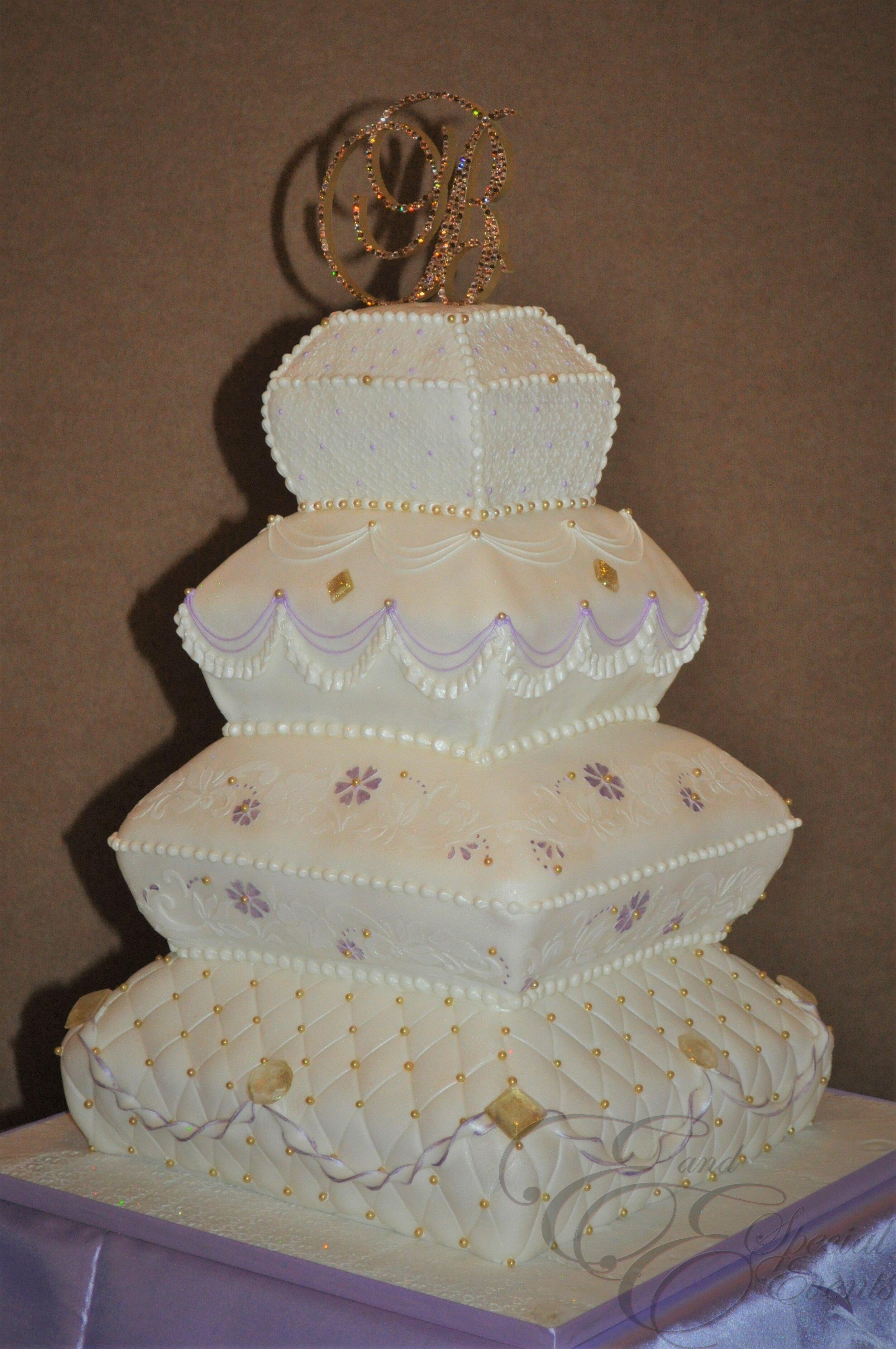 E_E_Special_Events_Unique_Wedding_Cakes_Virginia_Beach_Hampton_Roads48.jpg