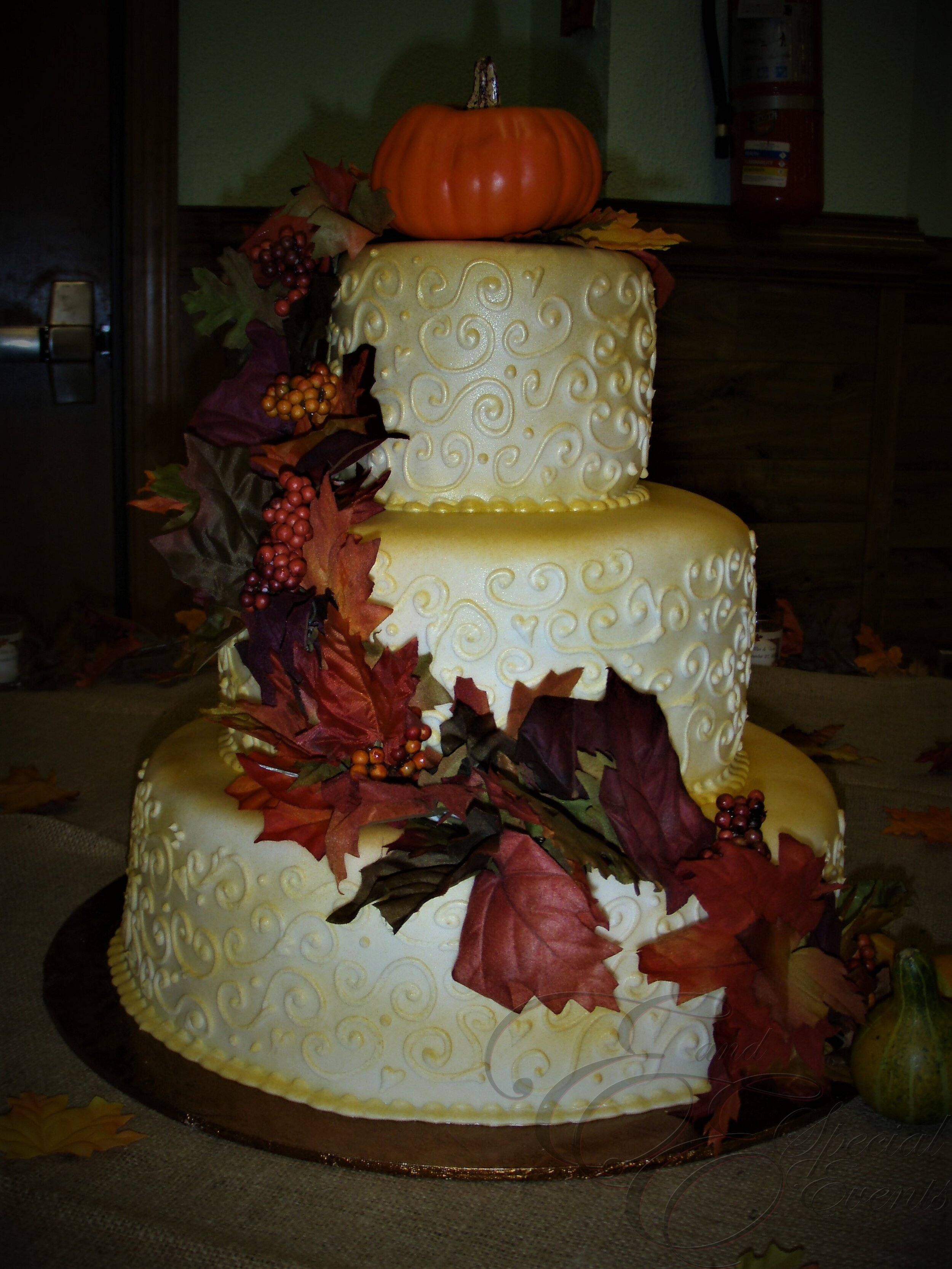 E_E_Special_Events_Unique_Wedding_Cakes_Virginia_Beach_Hampton_Roads76.jpg