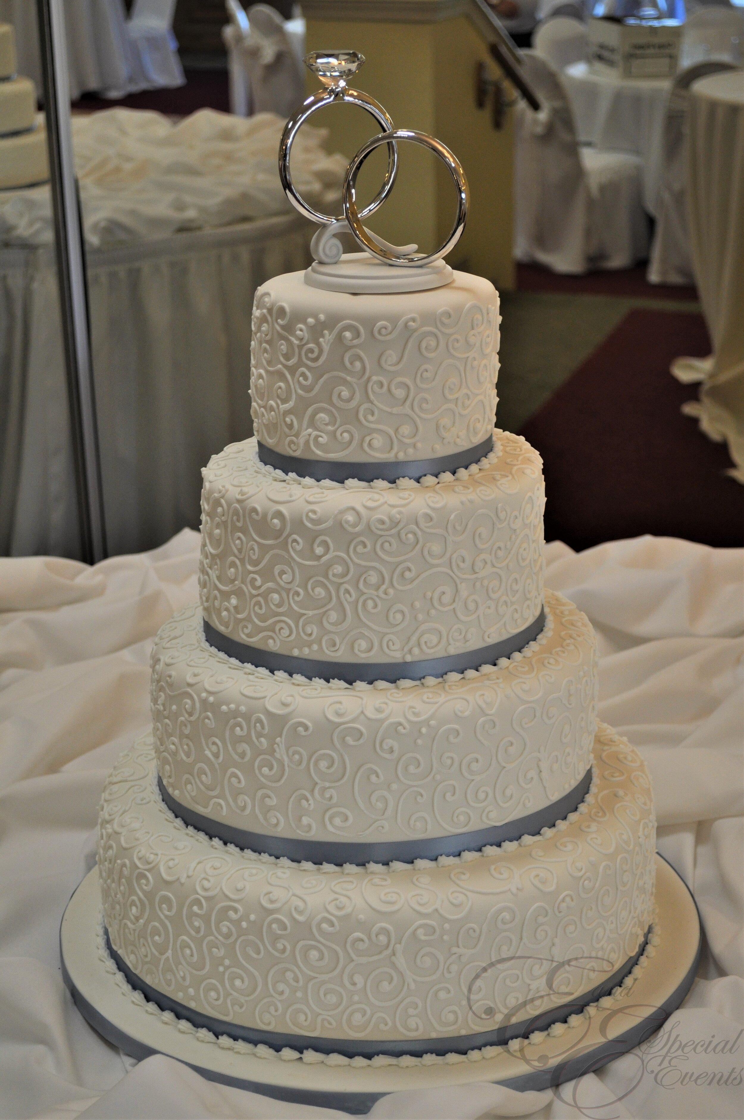 E_E_Special_Events_Wedding_Cakes_Virginia_Beach_Hampton_Roads_Simple_Designs18.jpg