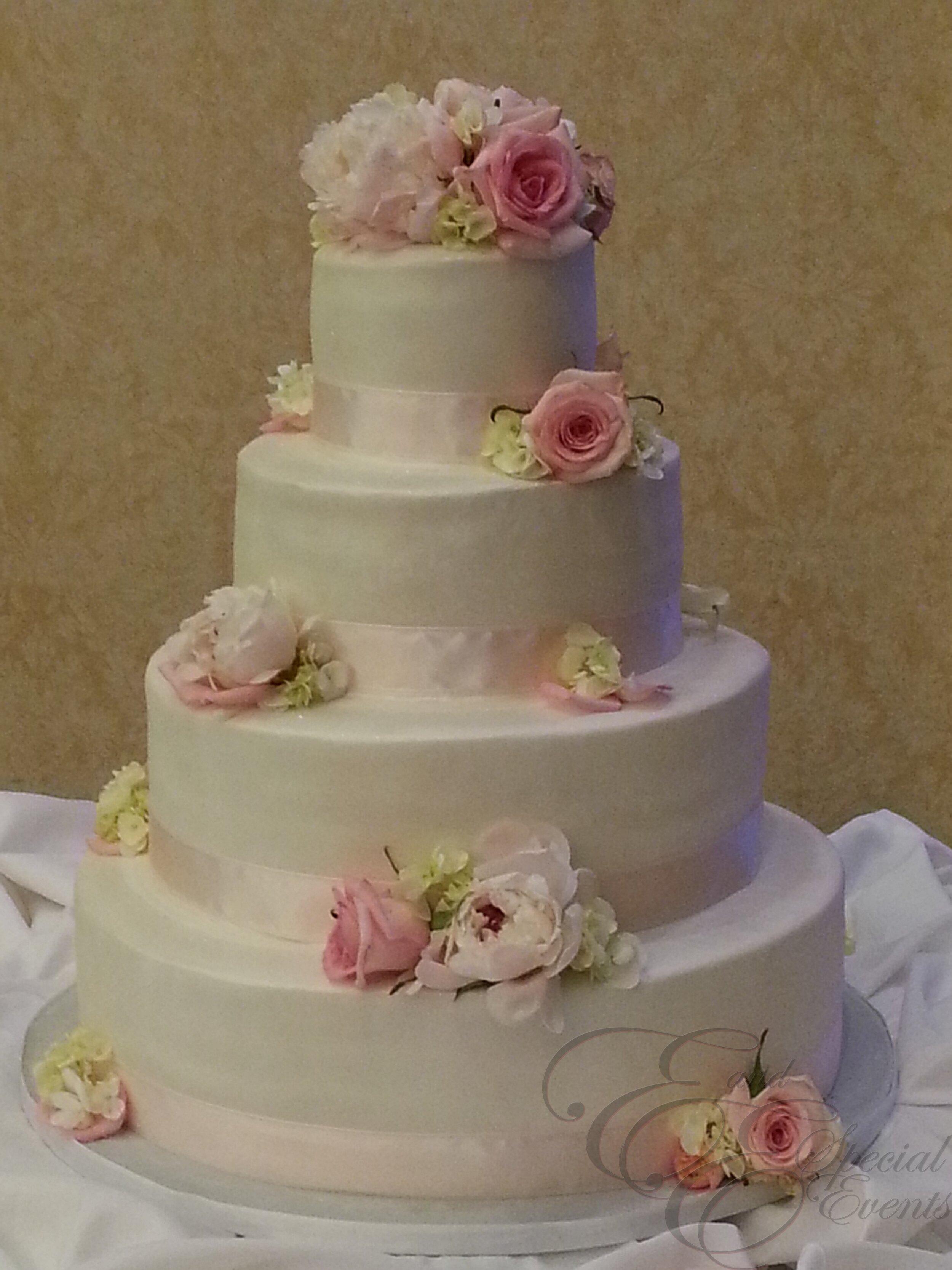 wedding_cakes_E_and_E_Special_Events_virginia_beach_8.jpg