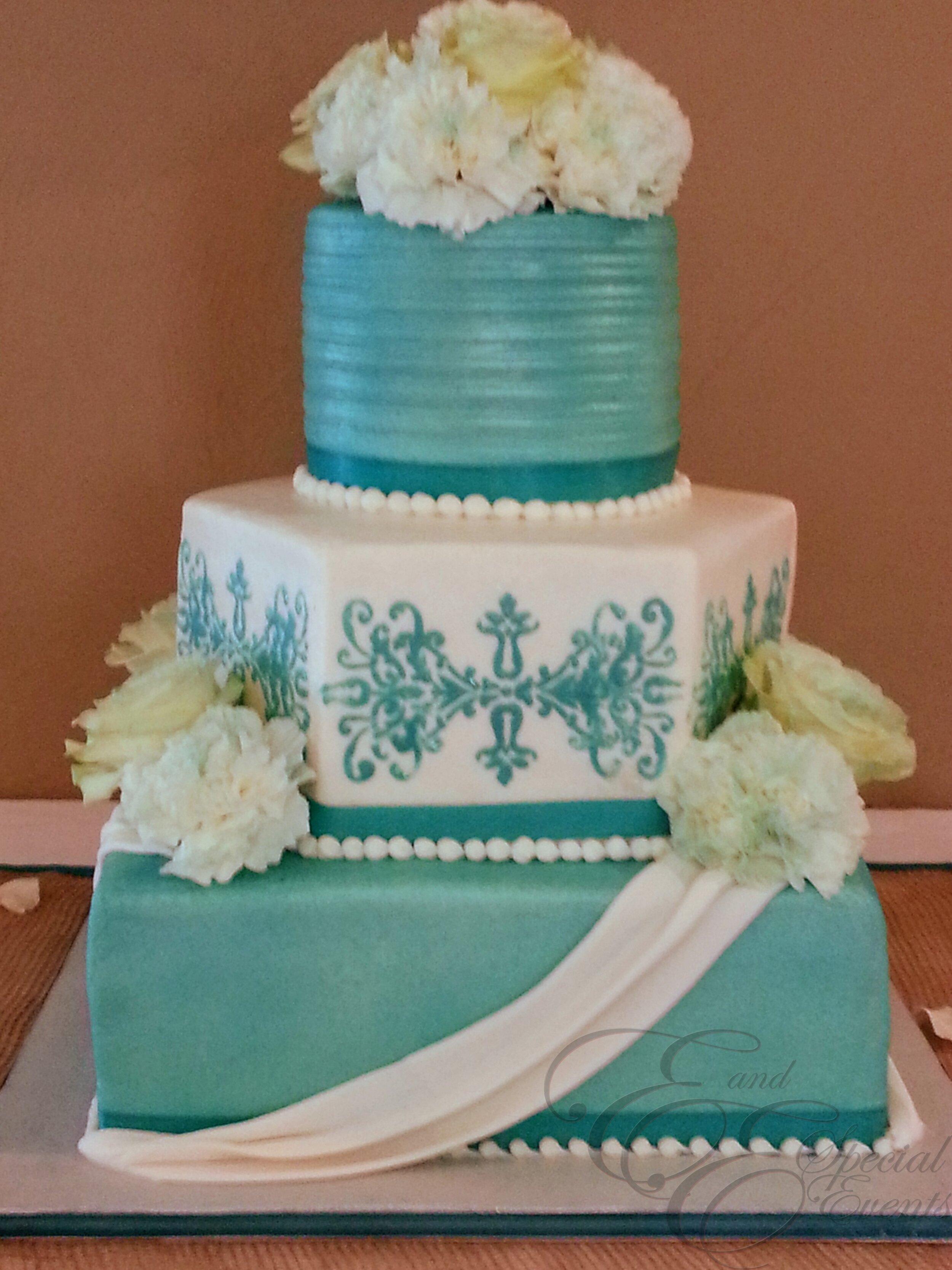 wedding_cakes_E_and_E_Special_Events_virginia_beach_12.jpg