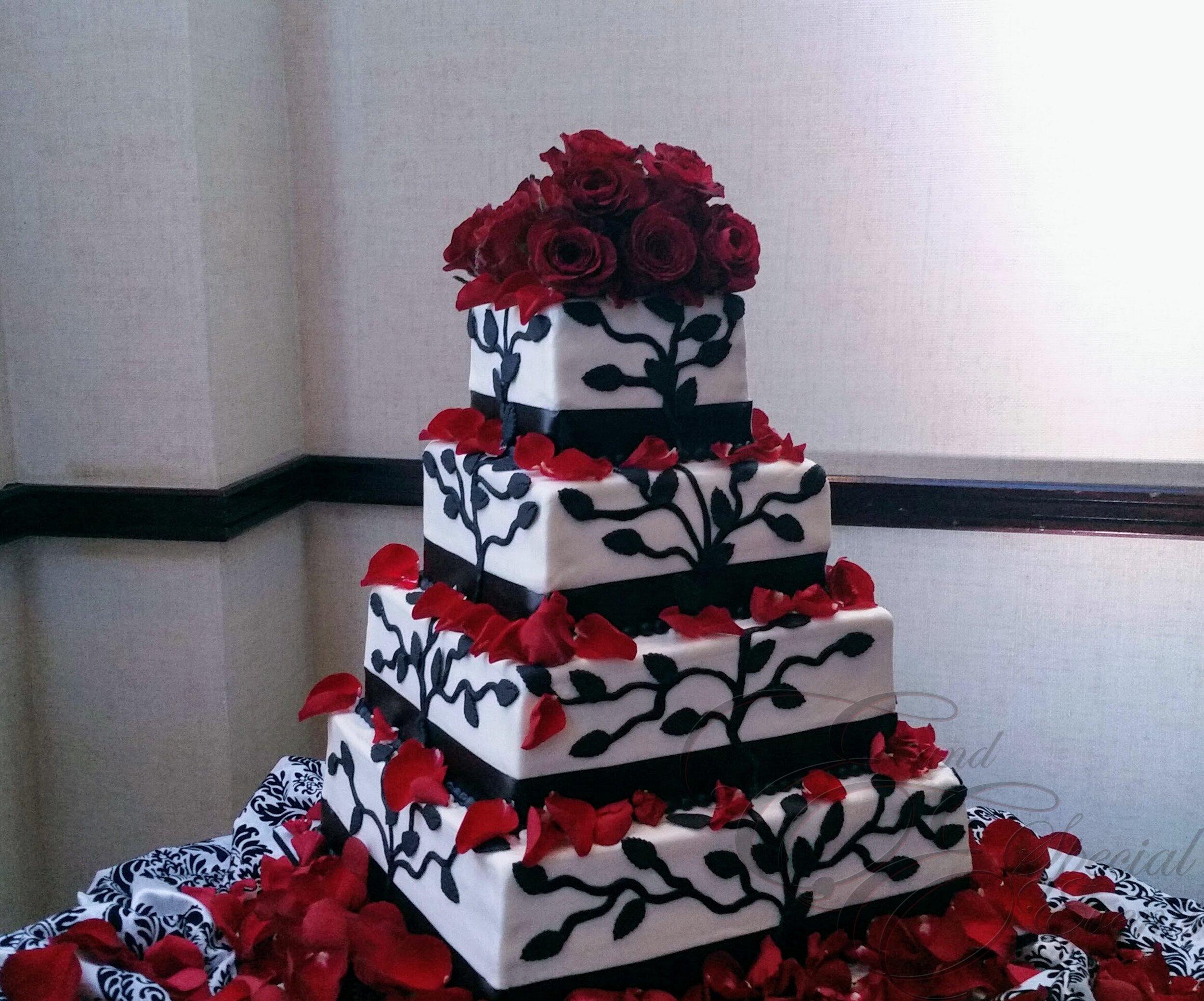 wedding_cakes_E_and_E_Special_Events_virginia_beach_32.jpg