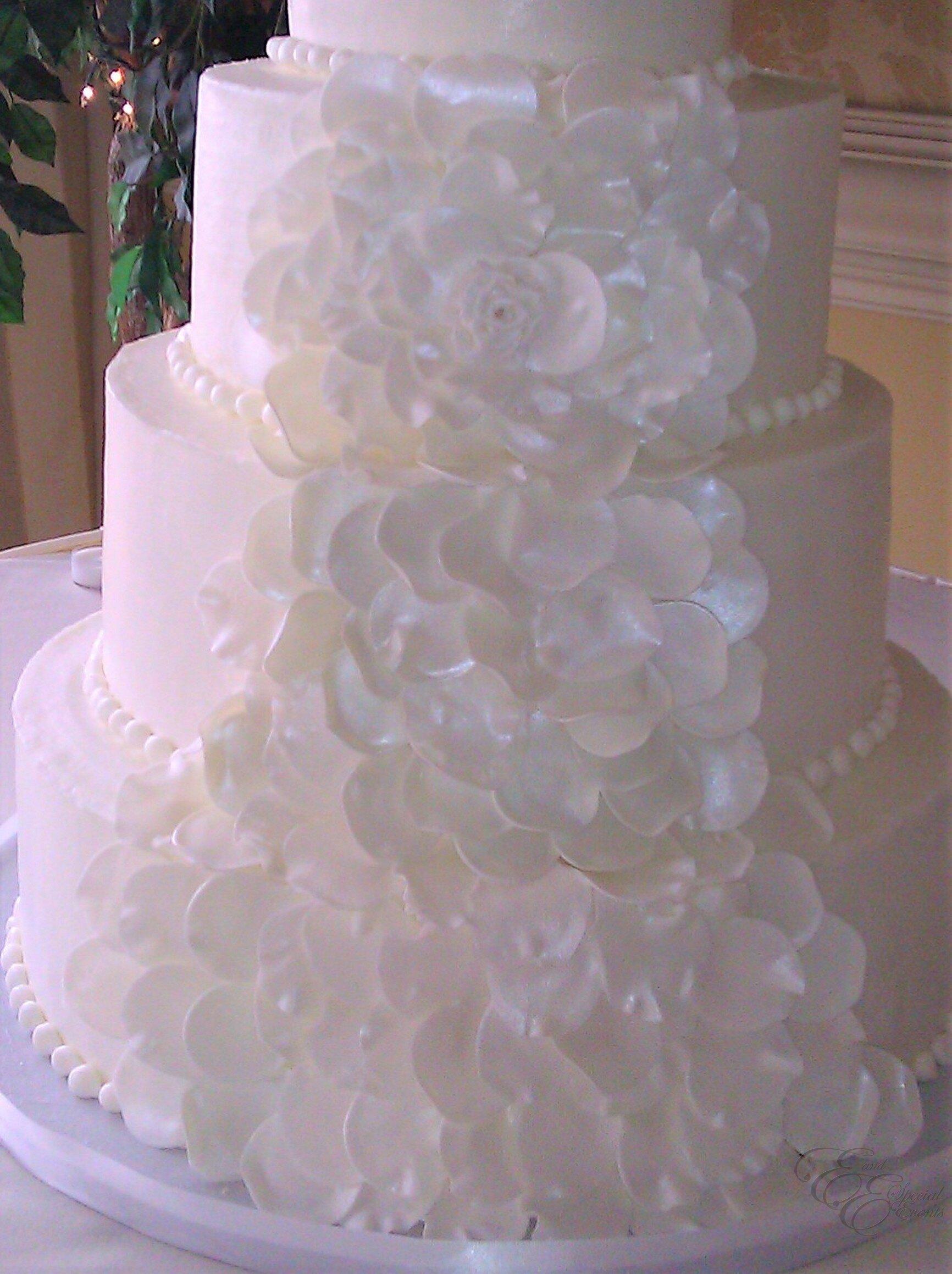 E_E_Special_Events_Elegant_Wedding_Cakes_Virginia_Beach_Hampton_Roads2.jpg