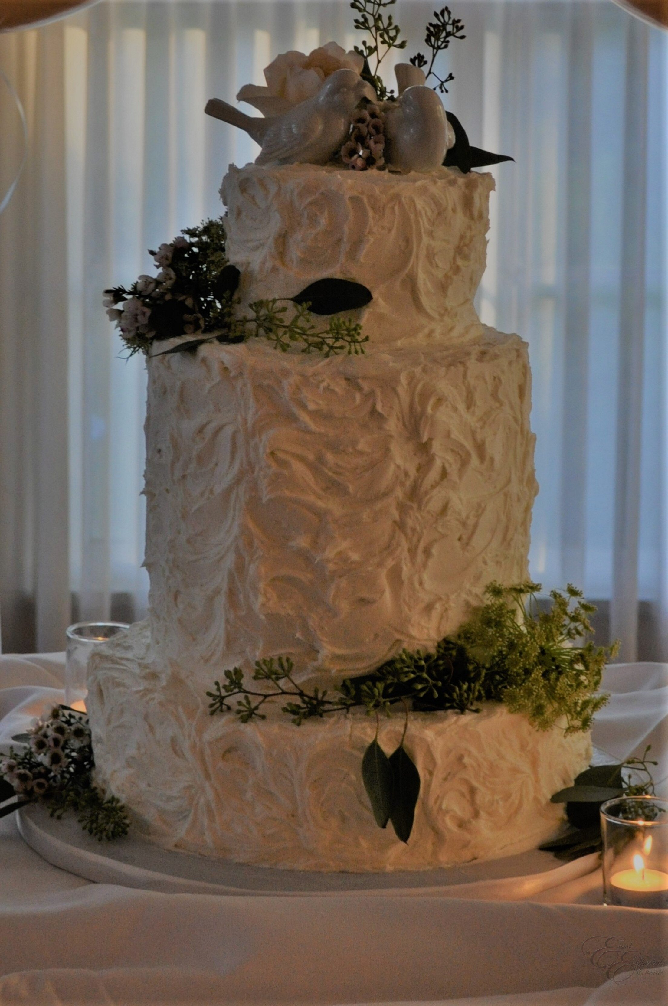 E_E_Special_Events_Unique_Wedding_Cakes_Virginia_Beach_Hampton_Roads68.jpg