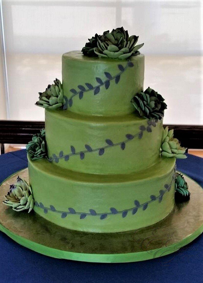 Green wedding cake.jpg