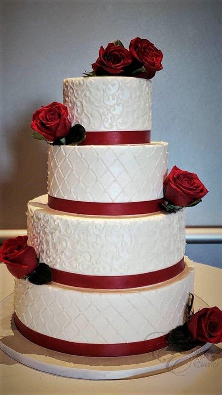 red roses wedding cake.jpg