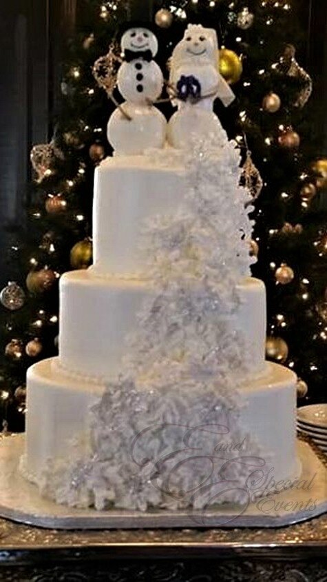 Snowman wedding cake.jpg