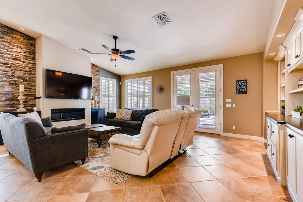 80th Place Family Room.jpg