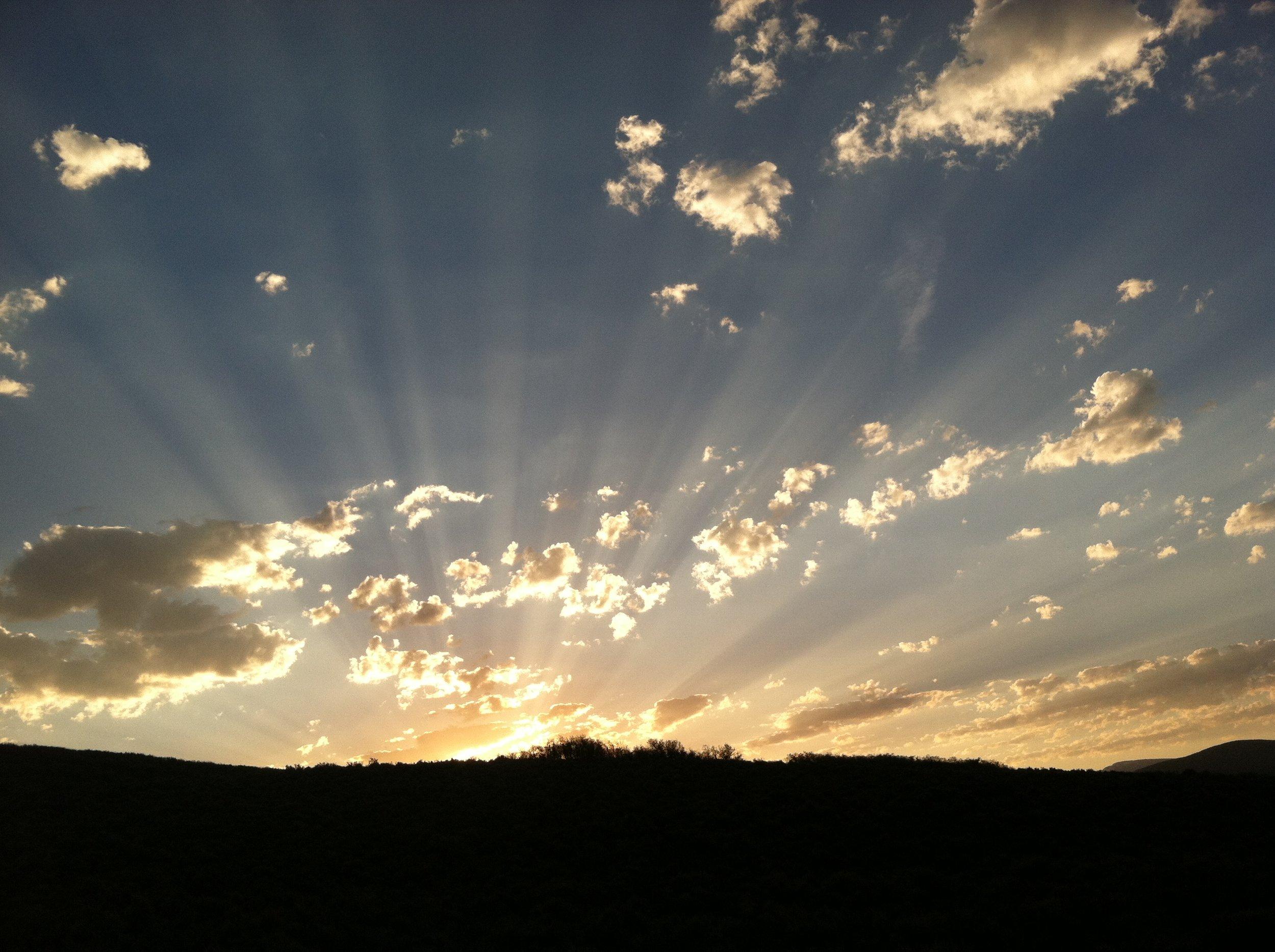 Round Valley Dawn.JPG