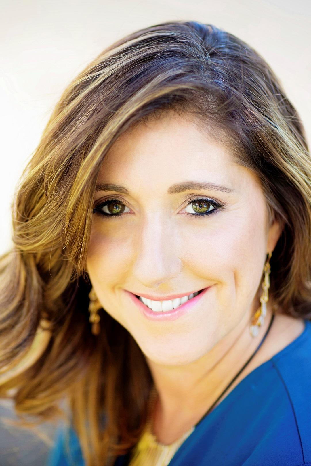 beautiful woman portrait oahu headshot photographer