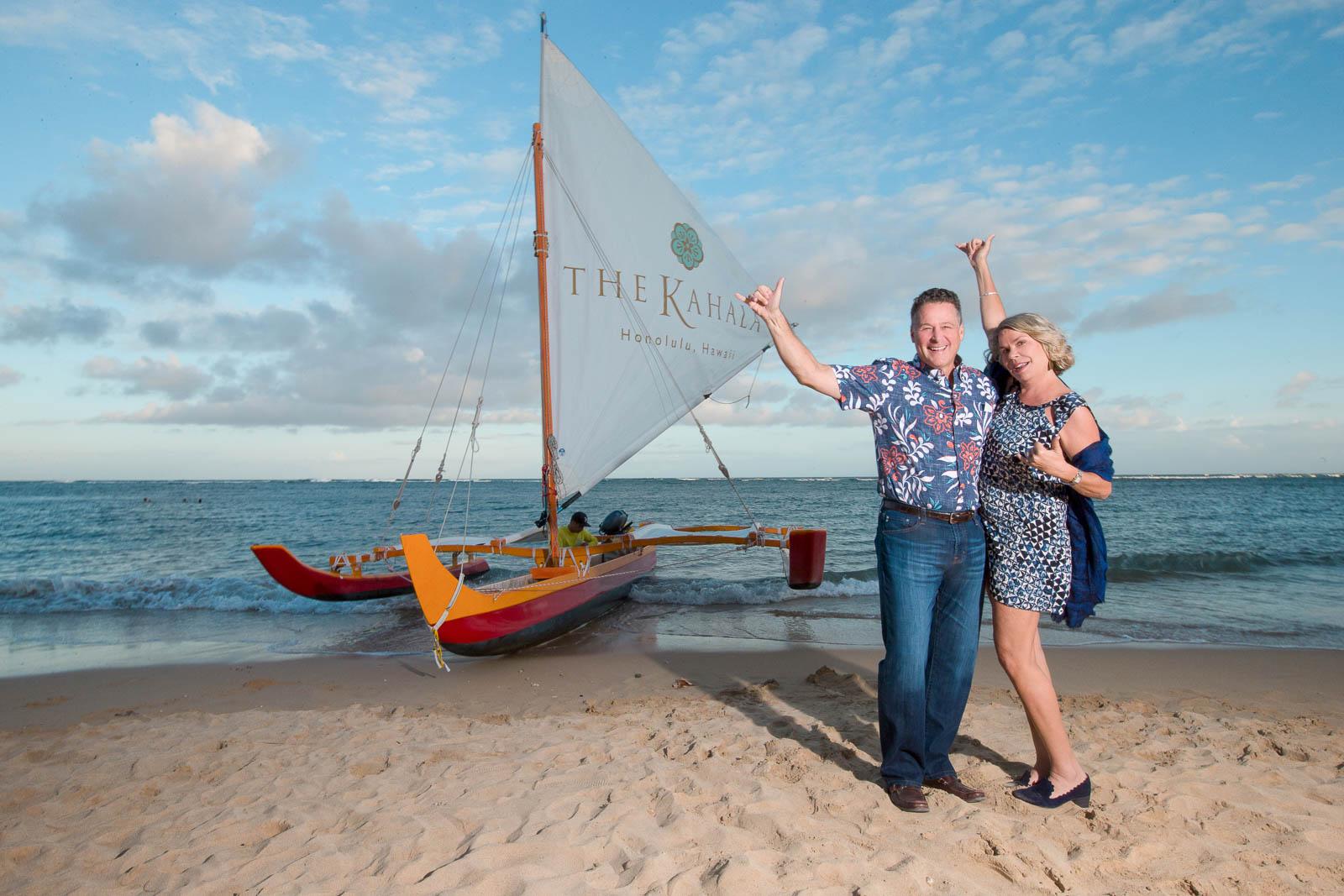 couples romantic anniversary sunset beach portrait kahala hotel resort