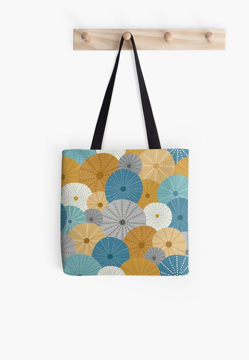 This nautical tote bag is perfect to bring to the beach for all of your seaside needs