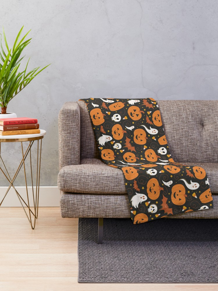 Halloween Blanket of spooky ghosts and skull with Jack O' Lanterns