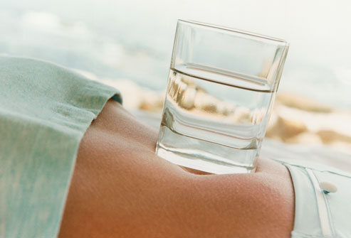 getty_rm_photo_of_glass_of_water_on_belly.jpg