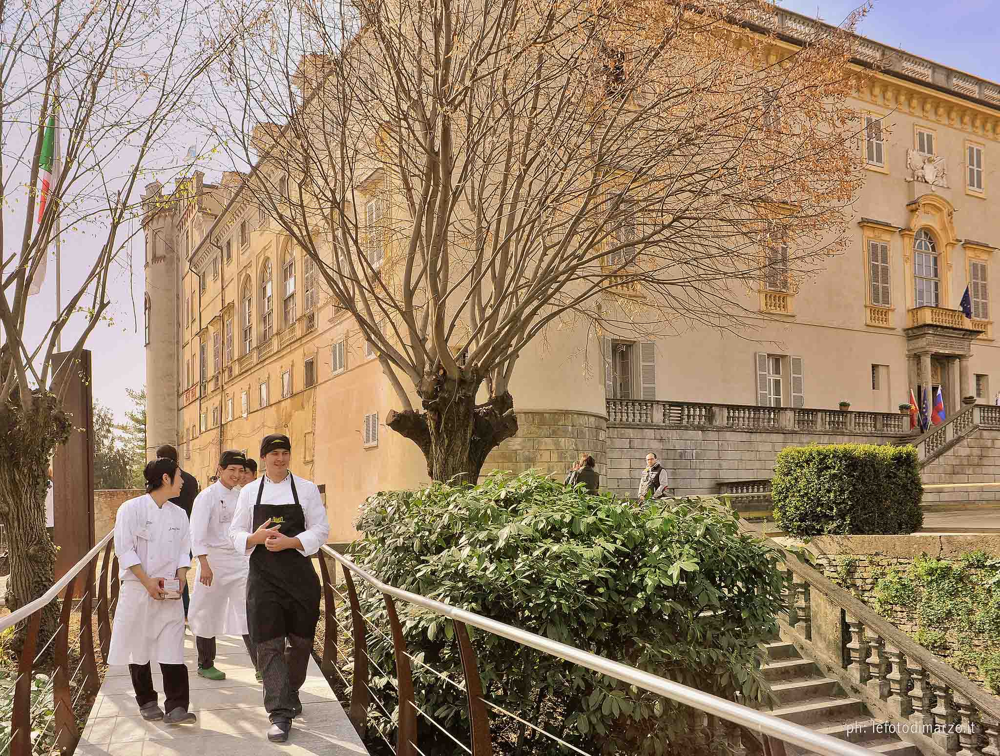INTERNATIONAL CULINARY INSTITUTE FOR FOREIGNERS (Asti, Piedmont) - Founded in 1991 to foster and promote talian Cuisine and Italian products among professionals who work in restaurants abroad. Since its establishment, ICIF organizes Master Courses and Short Courses for groups of young italian and foreign professionals (Chefs, Sommeliers, Restaurateurs), who want to specialize in Italian Oenology and Cuisine.