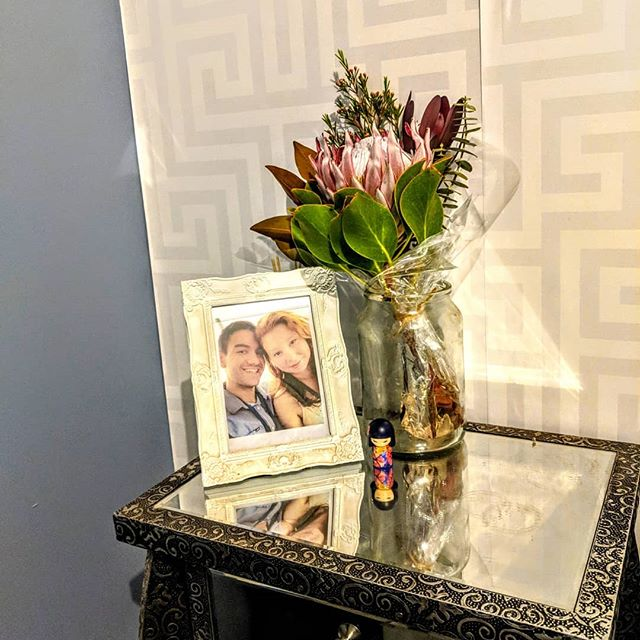 Thanks for the flowers my love @samreidmanez . #flowers #lovethem #boyfriend #mylove #couple #instagood #instadaily #hesmine #lovehim #myperfectman #mirrordresser #couplephotos #wallpaper