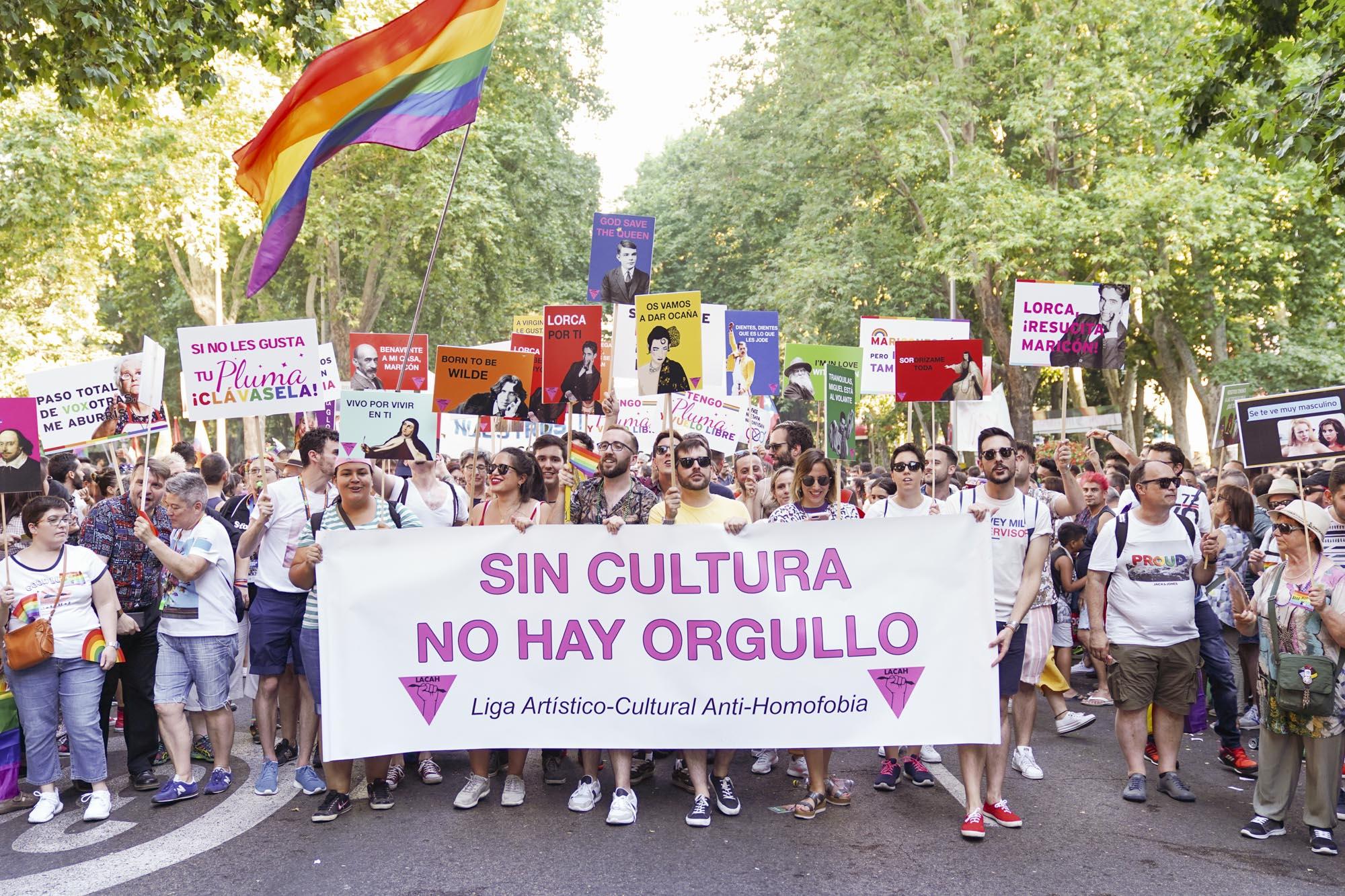 CaballeroCosmica-MadridOrgullo2019-47.jpg