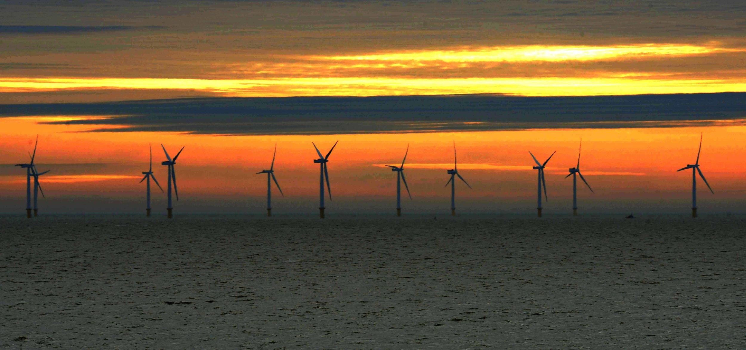 CO103105_003 windfarm clacton sb.jpg