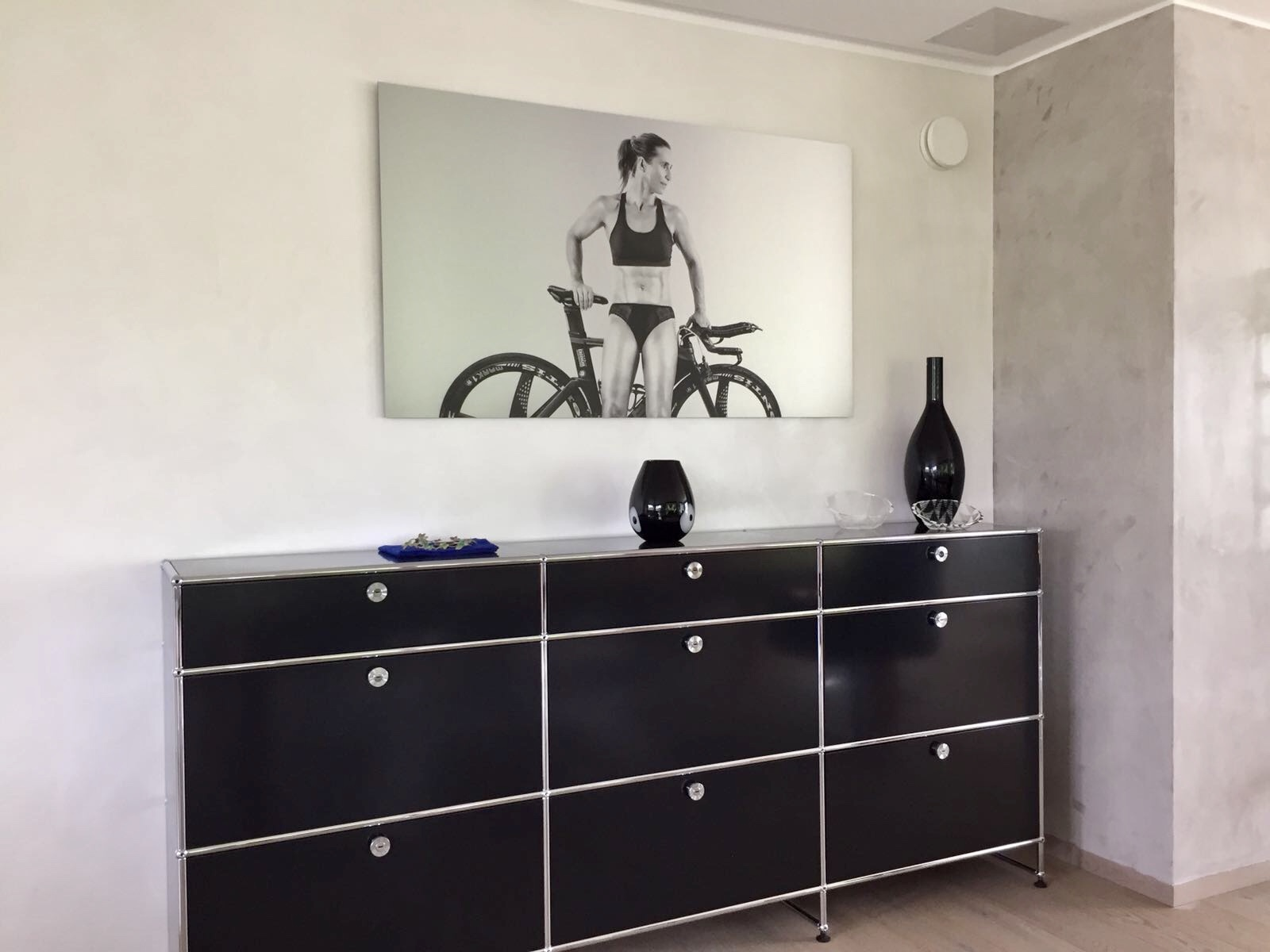 Wandgestaltung Marmorino / Silber in Wohnraum
