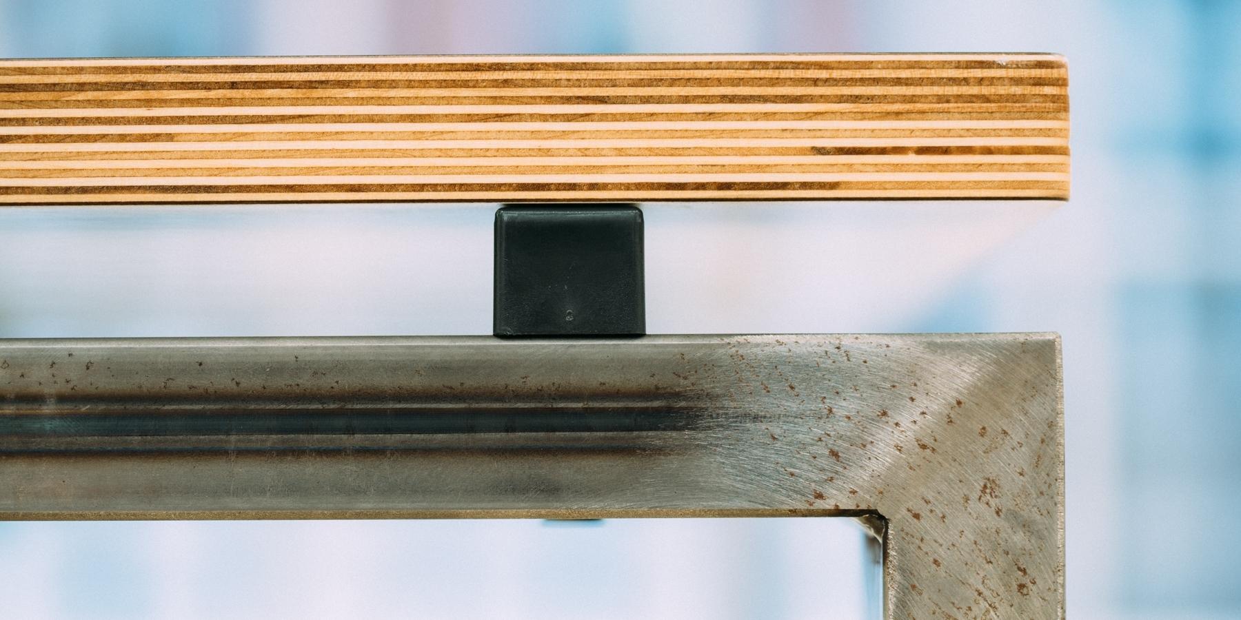 Desking Details.jpg