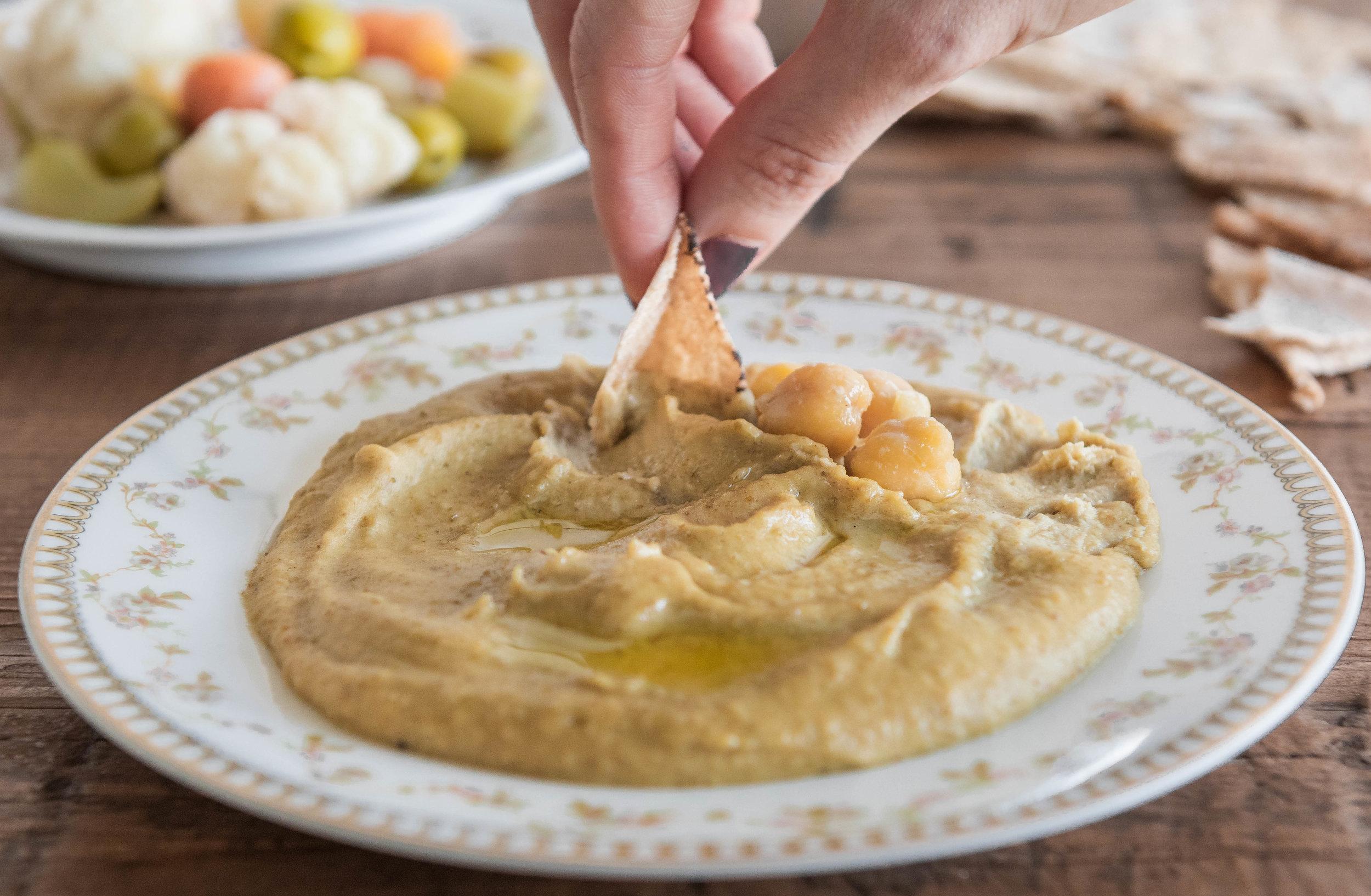 20190113 -- Hummus Bizeit-28.jpg