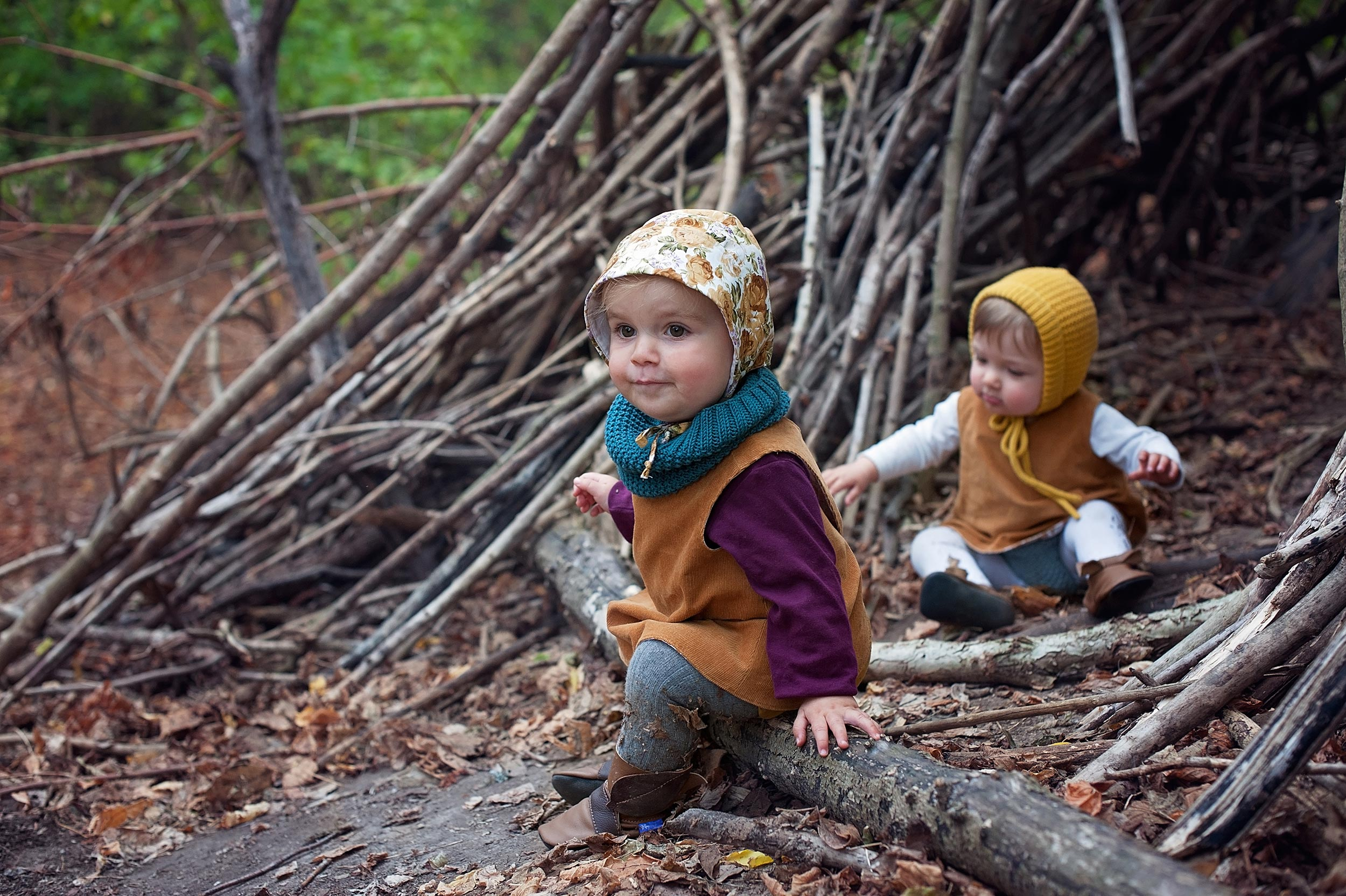 Small-Time-Vintage,-Anomaly-Leathers-and-Abbotsford-Knits-collaboration_girls-in-tree-hut_newHR.jpg
