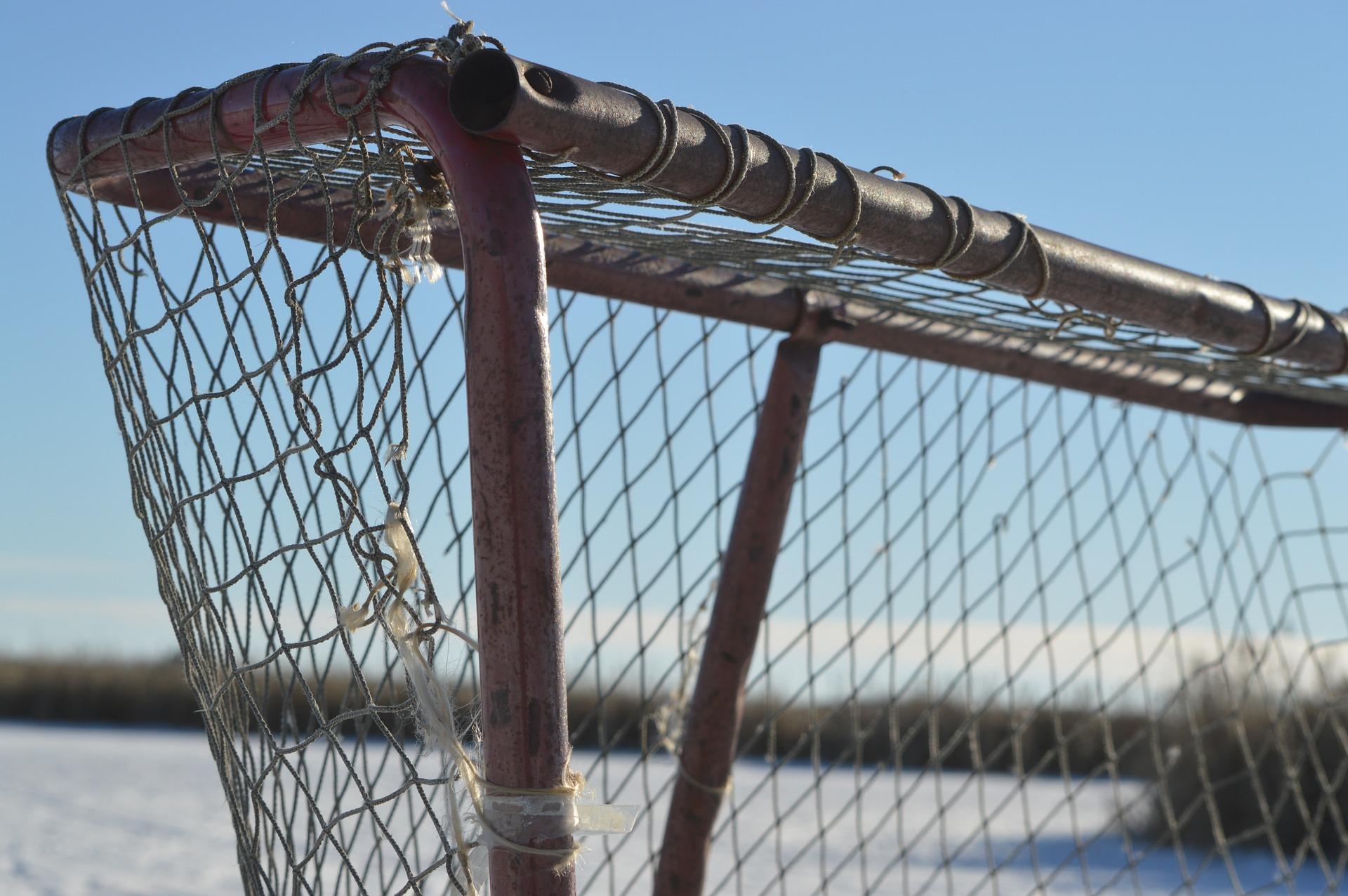 JÄÄKIEKKO - Kokonaisvaltaista jääkiekon valmennusta junioreille ja senioreille