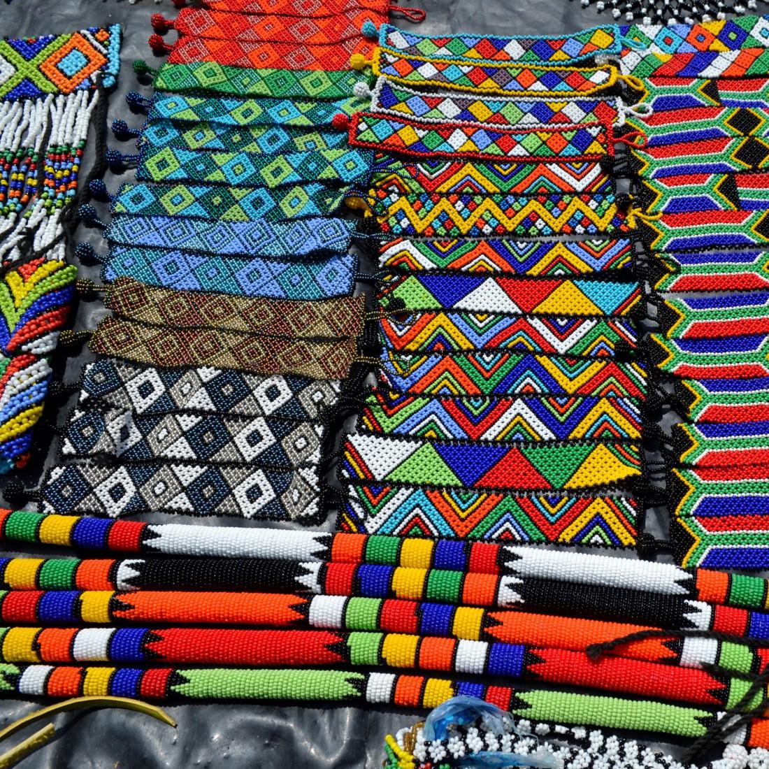 Bijoux zoulous. Ma couleur a ses merveilles. Merveilles sud africaines.